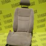 Передние сидения Honda Civic