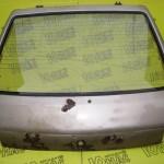 Заднее стекло Peugeot 205