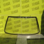 Заднее стекло Peugeot 405