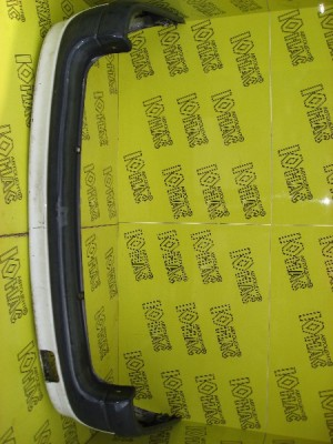 Задний бампер Renault Laguna Универсал – авторазборка Юнас
